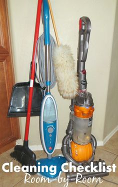 Keeping your home in order can be simplified if you tackle a room per day or break down all of your responsibilities and recruit your family members to help. This household chores checklist breaks down Chore Checklist, Cleaning Checklist, House Cleaning Tips, Green Cleaning, Diy Cleaning Products, Cleaning Solutions, Cleaning Hacks, Cleaning Lists, Spring Cleaning