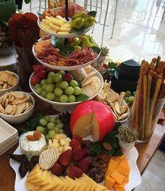 #mesadequesos  #wineandcheese #catering #lacocinadesofy #eventos #paratodaocasion #foodpty