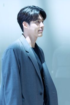 Korean Dramas, Korean Actors, Soul Songs, Daily Calendar, Hyun Bin, Live Wallpapers, Lee Min Ho, Dimples, My Man