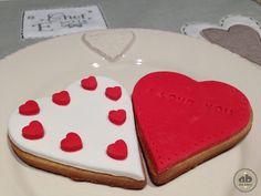 Galletas en forma de corazón decoradas con fondant | Alice Bakery