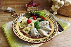 Piept de pui cu tortelloni in sos alb - Retete Culinare