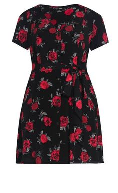 Shop the latest collection of plus size clothing at City Chic. Find a wide selection of chic plus size dresses, jeans, shirts and more. Plus Size Dresses, Plus Size Outfits, City Chic, Winter Wardrobe, Dress Black, Size 14, Short Sleeve Dresses, My Style, Shirts