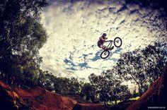 Jack Abbott Adelaide City Dirt... 📷 @kaneophoto  @jackwabbott @citydirtcrew #lbb #littleblackbike #littleblackbikefamily #bmx #adelaide