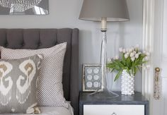 wall colour with darker linen