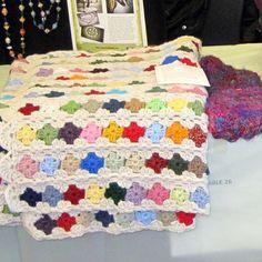 Tiny grannies, Granny's Daughter pattern.