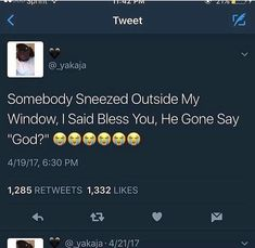 why is this so funny? Twitter Quotes Funny, Funny Relatable Memes, Funny Facts, Funny Tweets, Stupid Funny Memes, Lol, Haha Funny, Hilarious, Funny Humor