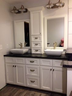Double Bathroom Vanity Designs Ideas - Have you considered a double sink bathroom vanity? Below is finest 10 great as well as imaginative double sink vanity designs ideas and pictures of washrooms with double sinks. Bathroom Mirror Storage, Master Bathroom Vanity, Bathroom Vanity Designs, Double Sink Bathroom, Best Bathroom Designs, Bathroom Vanity Cabinets, Vanity Sink, Bathroom Faucets, Bathroom Furniture