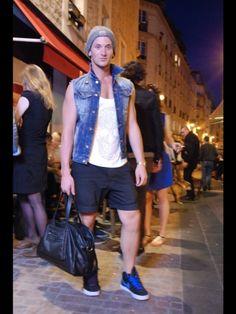 Moodlook.com fashion street style looks #fashion #mode #picoftheday #fashionistas #fashionblogger #trendy #look #moodlook #street style #style #clothes #ootd #zadig et voltaire #zara #carhartt