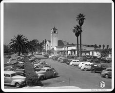 A shot of Union Station on the edge of downtown Los Angeles, circa California History, Vintage California, Southern California, Union Station, Los Angeles Area, Downtown Los Angeles, Villas, Cities, City Of Angels