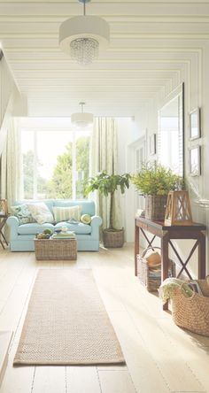 Laura Ashley Spring/Summer 2015: Palm House