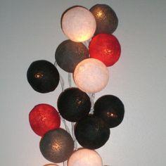 Petite guirlande de boules lumineuses multicolores