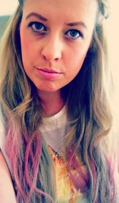 Pastel dip dyed hair using hair chalk www.dolly-dowsie.blogspot.ie