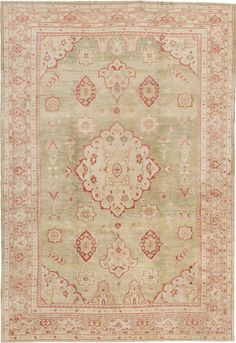 Antique Sultanabad rug #44798  http://www.nazmiyalantiquerugs.com/antique-Sultanabad-rugs.html
