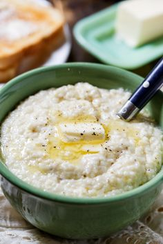 These are the creamiest grits you'll ever eat!