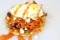Recipe: Easy Huevos Rancheros | Pretty Pretty Pineapple