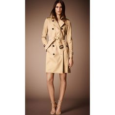 Burberry The Kensington - Long Heritage Trench Coat (¥243,910) ❤ liked on Polyvore featuring outerwear, coats, burberry, trench coat, long belted coat, burberry trenchcoat, checked coat and burberry coat