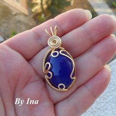 Playing With Shapes on a Blue Agate Cabochon | JewelryLessons.com