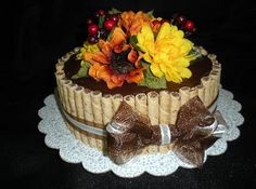This is a really great look for a cake. Looks like it would be fairly simple to put together, too! Bonus!