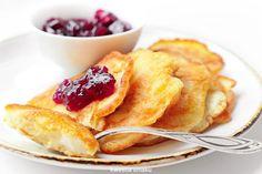 Racuchy z jabłkami I Love Food, Good Food, Brunch, Work Meals, Polish Recipes, Polish Food, Eat Lunch, Kid Friendly Meals, Toddler Meals