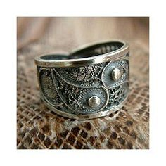 http://www.overstock.com/#/Jewelry-Watches/Sterling-Silver-Rings/14650/subcat.html