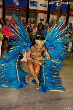 Rio, 2014 - Sabrina Sato brilhou como rainha de bateria da Vila Isabel. Foto: AGNews.
