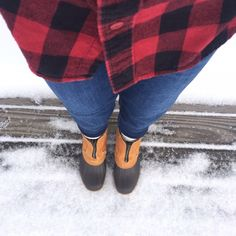 listing! RARE! L.L. Bean duck boots Get them while they last!!! Amazing LIKE NEW famous and RARE L.L. Bean duck boots. A blog favorite! Pull on/zip style with cozy warm sherpa lining. Size 9 WOMANS. Barely worn, in amazing condition! AUTHENTIC! No box. No trades. No PayPal. No discussing price in comments. I will only consider offers through offer button. SOLD OUT EVERYWHERE! 7 inches from heel to top of boot. L.L. Bean Shoes Winter & Rain Boots
