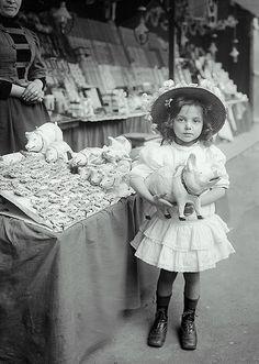 +~+~ Antique Photograph ~+~+ : She chose the biggest pig at the Fair.  Paris 1910.