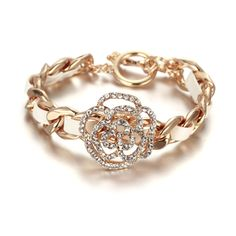 18k gold fashion bracelet.