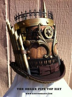 steampunk organ pipe top hat - SO Fancy! Viktorianischer Steampunk, Steampunk Couture, Steampunk Design, Steampunk Cosplay, Steampunk Clothing, Steampunk Fashion, Gothic Fashion, Fashion Fashion, Steampunk Gadgets