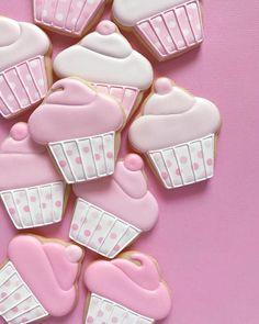 January 16 2020 at Summer Cookies, Fancy Cookies, Valentine Cookies, Cut Out Cookies, Cute Cookies, Birthday Cookies, Fondant Cookies, Royal Icing Cookies, Cupcake Cookies