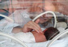 Risco de depressão pós-parto é maior em mães de prematuros, diz estudo