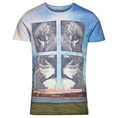 T-Shirt mit Löwenmotiv - Hier kaufen: http://stylefru.it/s472052 #lion #fashion #men