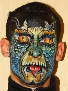 spooky and incredible Face Painting Design