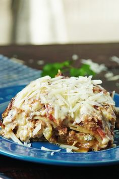 Tuna Lasagna and White Sauce Healthy Dinner Recipes, Cooking Recipes, White Sauce Recipes, Good Food, Yummy Food, Easy Eat, Food Crush, Food Humor, Fish Recipes