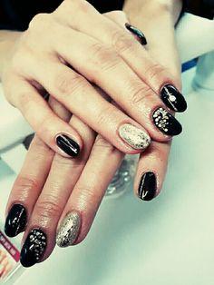 Nail Black&goldPearl