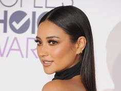 Shay Mitchell PCA makeup and hair