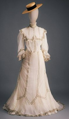Edwardian Gowns, Edwardian Clothing, 1900 Clothing, Historical Clothing, 1900s Fashion, Edwardian Fashion, Pretty Outfits, Beautiful Outfits, Fashion Through The Decades