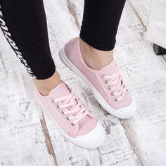 Tenisi dama Laridin roz Adidas Gazelle, Adidas Sneakers, Shoes, Fashion, Tennis, Moda, Zapatos, Shoes Outlet, Fashion Styles