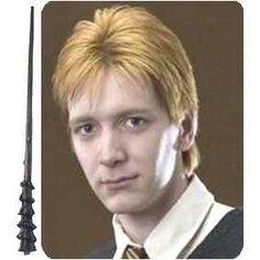 Novo jogo de Harry Potter Me deram:Jorge Weasley. Sua casa:Gryffindor. Gosta:Sim,e muito. Trocaria:Não,nunca. Nivel de beleza:80%,ele eh muito lindo. Shippa:Sim,com Luna Lovegood. #ihappyshop