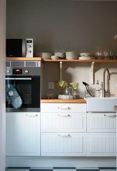 Ikea keittiö Baby Room, Ikea, Kitchen Cabinets, Flooring, Living Room, Interior, House, Home Decor, Kitchens