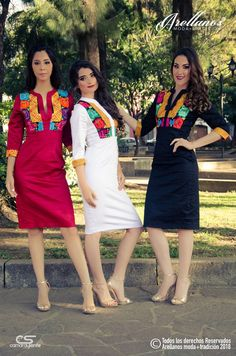 Mexican outfits to celebrate local traditions. Mexican Fashion, Mexican Outfit, Mexican Dresses, Mexican Style, Charro Quinceanera Dresses, Fiesta Dress, Embroidery Fashion, Dress Shirts For Women, Japanese Outfits