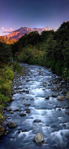 Whakapapa River, Tongariro National Park, North Island, New Zealand