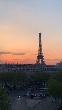 - Les images impressionnantes de Paris map que l'on propose pour vou - Paris Photography, Travel Photography, Paris Video, Paris France Travel, Paris Wallpaper, Beautiful Paris, France Photos, Beautiful Places To Travel, Tour Eiffel