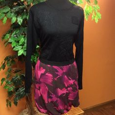 LOFT BY ANN TAYLOR BUBBLE HEM SKIRT NWT.. This pretty skirt will be a favorite piece in your wardrobe with the vibrant colors and bubble hem and black elastic waistband LOFT Skirts