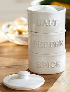 Salt, pepper, spice, tower