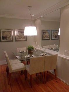 sala de jantar - espelho e armário estreito
