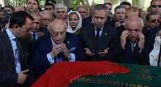 9'uncu Cumhurbaşkanı Süleyman Demirel'in eşi Nazmiye Demirel Isparta'da toprağa verildi.