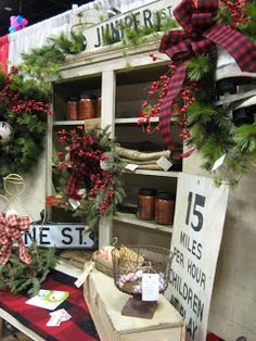 Gorgeous Christmas craft booth
