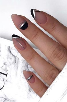 30 Cute Nail Design Ideas For Stylish Brides nail design wedding modern nude sil. - - 30 Cute Nail Design Ideas For Stylish Brides nail design wedding modern nude silver and black geometry lyuciya_nails Short Nail Designs, Cute Nail Designs, Silver Nail Designs, Latest Nail Designs, Pink Nails, My Nails, Pastel Nail, Glamour Nails, Wedding Nails Design