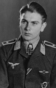 ✠ Wilhelm Crinius (2 December 1920 – 26 April 1997)